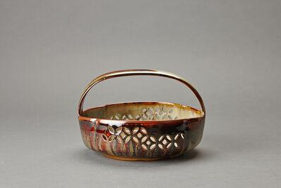 Miraku Kamei XV, 'Sweet tray (kashiki), bridge handle and shippo design'