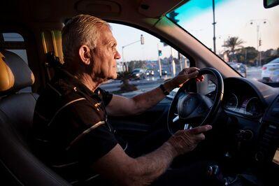 Elinor Carucci, ' Father driving his taxi', 2017