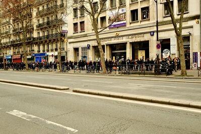 Bernard Bazile, 'Street Art - Boulevard Montparnasse, dimanche 19 février 2017 à 16h04', 2017