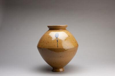 Young Jae Lee, 'Spindle vase, feldspar glaze', 2018