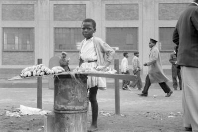 David Goldblatt, 'Street trader on West Street, Johannesburg', 1964