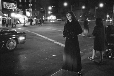 Mario Carnicelli, 'Hailing a cab, Washington', 1969