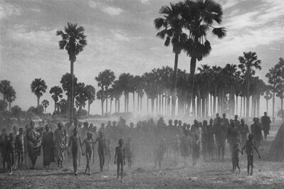 Sebastião Salgado, 'MAPER PAYEM AREA, RUMBEK DISTRICT, SOUTH SUDAN', 2001