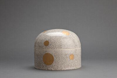 Hideaki Miyamura, 'Lidded jar, white crackle glaze with gold polka dot decoration'