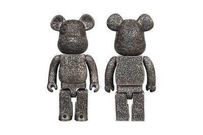 "BE@RBRICK, 'BE@RBRICK ROYAL SELANGOR ""ARABESQUE BLACK"" LTD EDT', 2019"