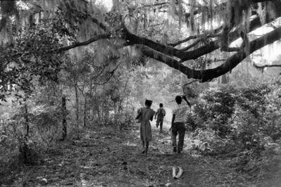 Constantine Manos, 'Kids Playing in the Backyard, Daufuskie Island, South Carolina', 1952
