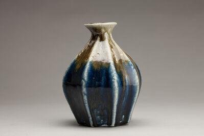 Tomoo Hamada, 'Bottle, salt glaze with fluted decoration'