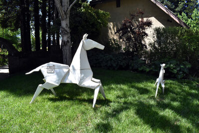Kevin Box, '[1] Pony (Monument) White 2/3 - Te Jui Fu'