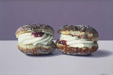 Alice Toomer, '2 Doughnuts', 2019