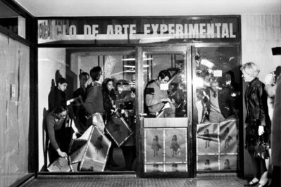 Graciela Carnevale, 'Acción del encierro (Lock-up action)', 1968