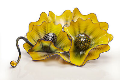 Dale Chihuly, 'Mineral Yellow Persian Set with Cobalt Lip Wraps', 2016