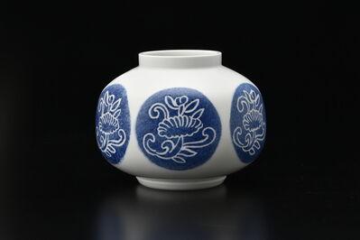 Manji Inoue, 'Engraved Hakuji (white porcelain) Peony Vase 01', 2019