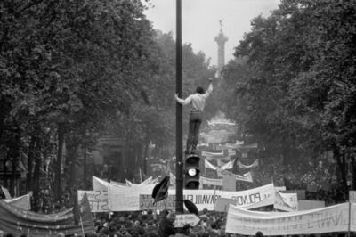 Bruno Barbey, 'Worker and student demonstration from Republique to Denfert-Rochereau.', 1968