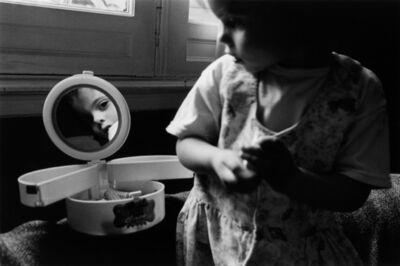 Adriana Lestido, 'Madres e jihas', 1995