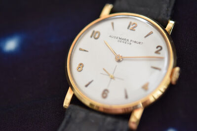 Audemars Piguet, 'Rare, pre-serialized classic AP with oversized applied gold index', ca 1940's
