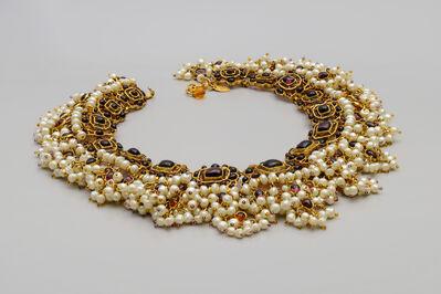 Coco Chanel, 'Collier aus dunkelroten Glassteinen in quadratischen Fassungen und Perlfransen'