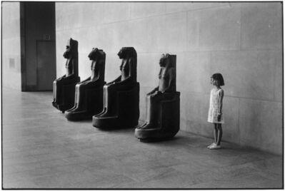 Elliott Erwitt, '12. New York City. (Met Museum)', 1988