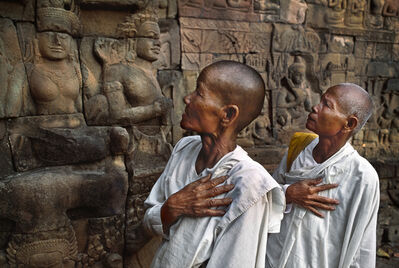 Steve McCurry, 'Buddhist nuns at the Leper King Terrace, Angkor Wat, Cambodia', 1998