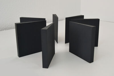 Mathias Goeritz, 'Siete torres negras en círculo (maqueta)', 1974