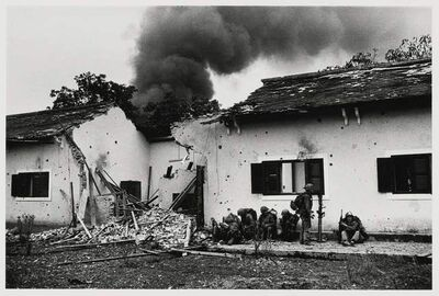 Don McCullin, 'Marine Injured in Front of a School Building, Hue, Vietnam', 1968
