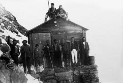 Vittorio Sella, 'Gli operai alla capanna Gnifetti 15 September 1892'