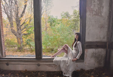 Yigal Ozeri, 'Untitled; Elizabeth', 2016