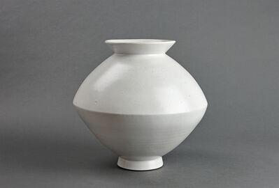 Young Jae Lee, 'Spindle vase, petalite and feldspar glaze'