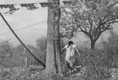 Graciela Iturbide, 'Mujer Corriendo, Matanza de cabras, La Mixteca', 1992