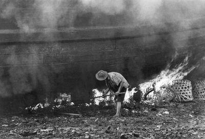 Loke Hong Seng, 'Removal of Barnacles Using Fire', 1968