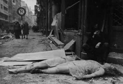 Yevgeny Khaldei, 'Budapest Ghetto (Woman and child dead in street)', 1945
