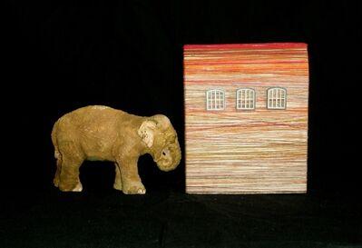 LAURA ROSETE, 'Elefante empujando una casa', 2009