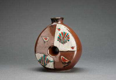Tomoo Hamada, 'Bottle, kaki glaze with akae decoration'