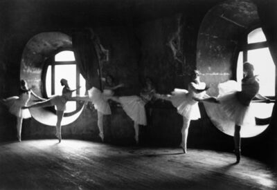 Alfred Eisenstaedt, 'Swan Lake Rehearsal, Opera de Paris, (6 ballerinas in a row at barre)', 1930