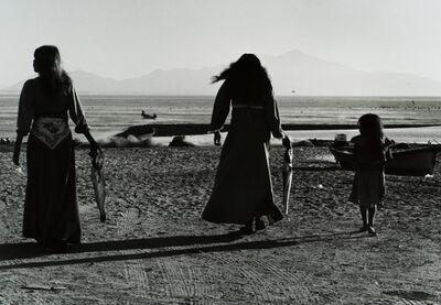 Graciela Iturbide, 'Mujeres Seris, Desierto de Sonora, México', 1979