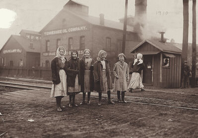 Lewis Wickes Hine, 'Tennessee Oil Company', 1910