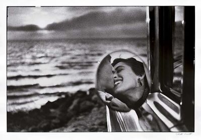 Elliott Erwitt, 'California Kiss', 1955