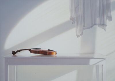 Edite Grinberga, 'Geige mit weißem Hemd', 2018