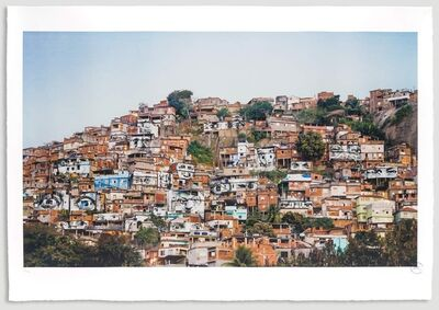JR, '28 Millimètres, Women Are Heroes, Action dans la Favela Morro da Providência, Favela de Jour, Rio de Janeiro, Brésil, 2008', 2017