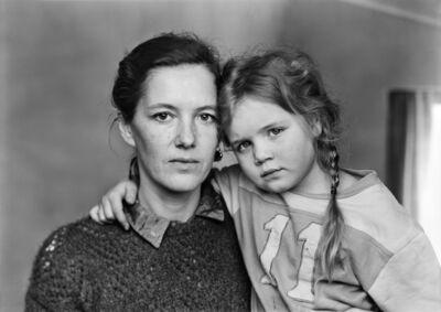 Thomas Struth, 'Hannah Erdrich-Hartmann und Jana-Maria Hartmann, Düsseldorf 1987', 1987