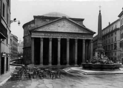 "Thomas Struth, 'Pantheon ""Roma 1988""', 1988"