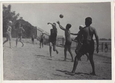 Imre Kinszki, 'Ballgame', 1933
