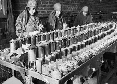 François Kollar, 'Nettoyage des lampes. Société des mines de Lens, Lens (Pas-de-Calais)', 1931-1934