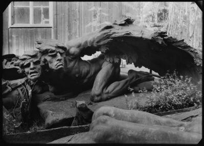Josef Sudek, 'Maniny – parties du monument de l'historien national František Palacký, réalisé par Stanislav Sucharda entre 1908–1912', 1945