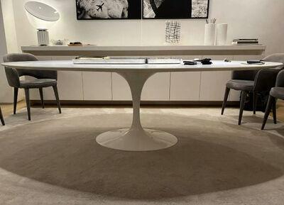 Eero Saarinen, 'Tulip Table', 2000