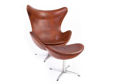 Arne Jacobsen, 'Arne Jacobsen Egg Chair with Ottoman in Patinated Leather', ca. 1965