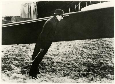 Jacques Henri Lartigue, 'Zissou contre le vent de l'hélice', 1911