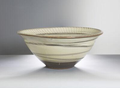 Onda Yaki, 'Water Lily Bowl with Tobikanna (Blade Skip) Design', n/a