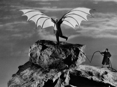 Gilbert Garcin, 'L'envol d'Icare (d'après Léonard de Vinci) - The flight of Icarus (after Leonardo da Vinci)', 2005
