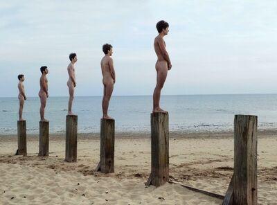 Agnès Varda, 'Cinq rêveurs et un piquet', 2012