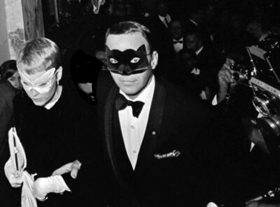 "Harry Benson, 'Frank Sinatra and Mia Farrow at Truman Capote's ""Black and White"" Ball at the Plaza Hotel, New York', 1966"